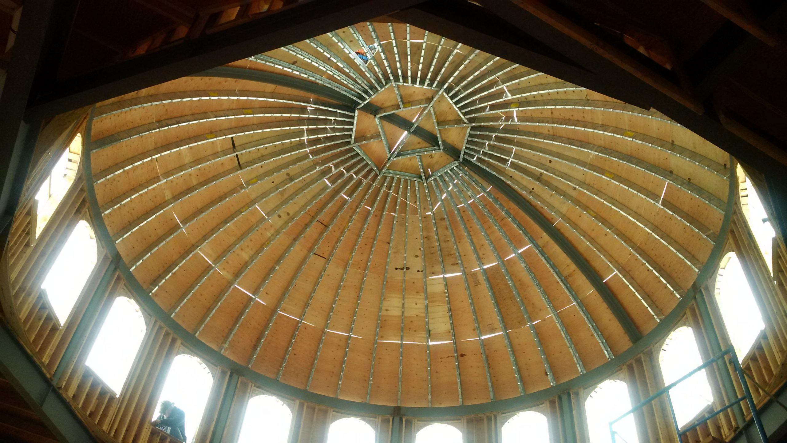 curved dome framed with curv trak solution
