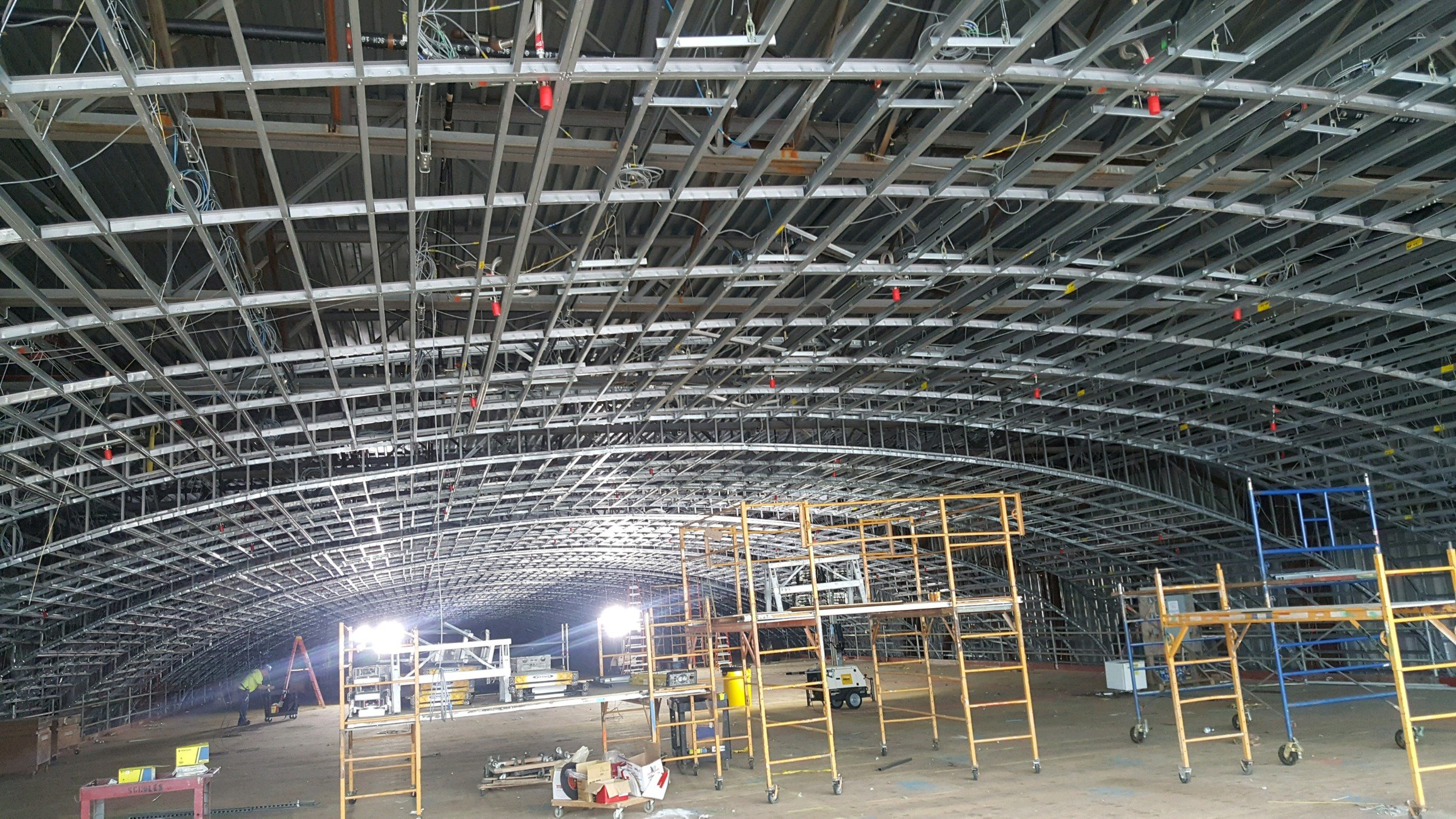 curved light gauge steel ceiling inside american dream shopping mall