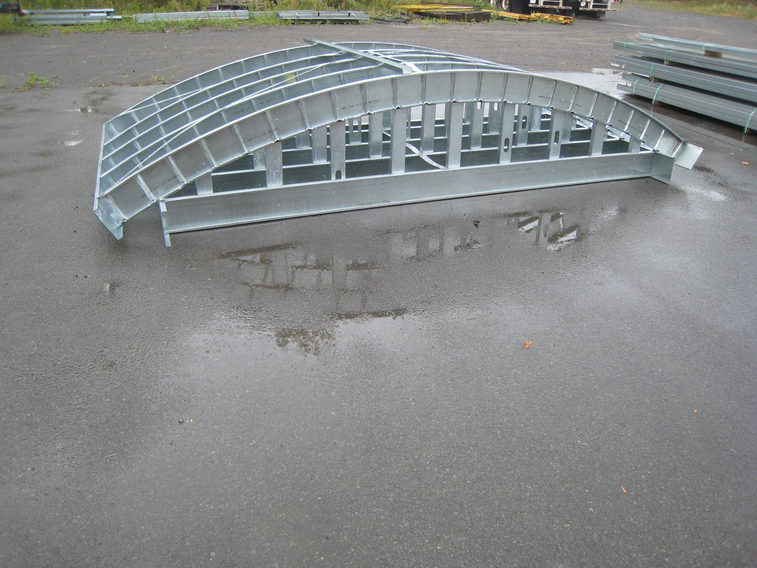 flexible steel trusses