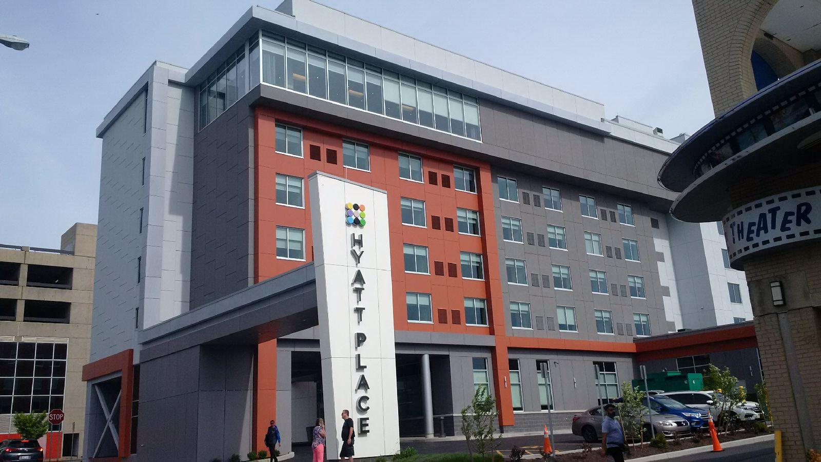 hyatt place hotel in niagara falls new york