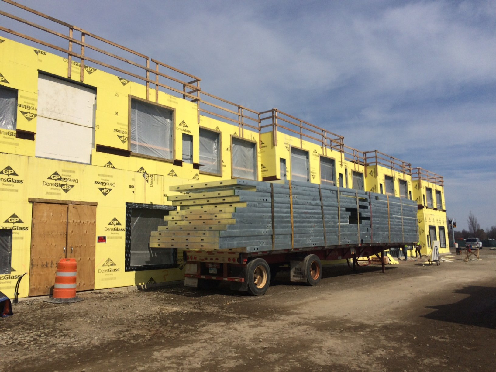 prefabricated steel wall panels at marriott hotel in garden city
